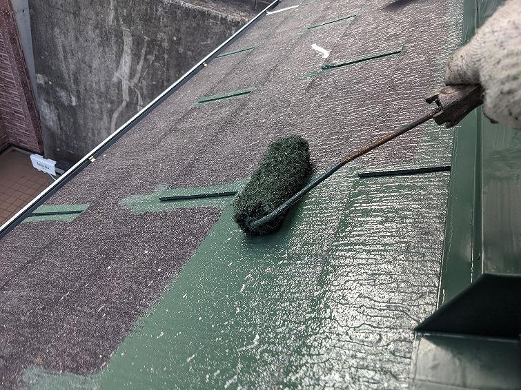 屋根塗装 中塗り プラチナ無機ルーフ