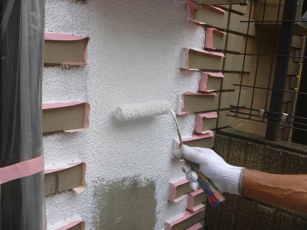 外壁塗装 外塀 下塗り アレスダイナミックフィラー