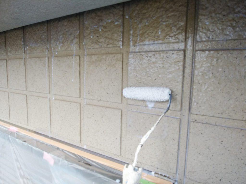 外壁塗装 下塗り ホワイトシーラー