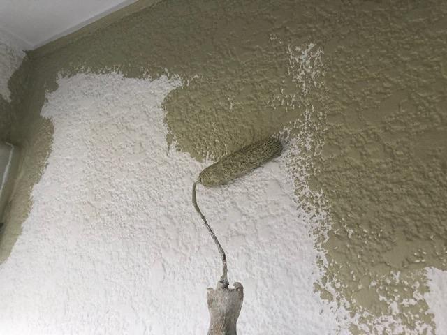 外壁塗装 中塗り アレスダイナミックトップ