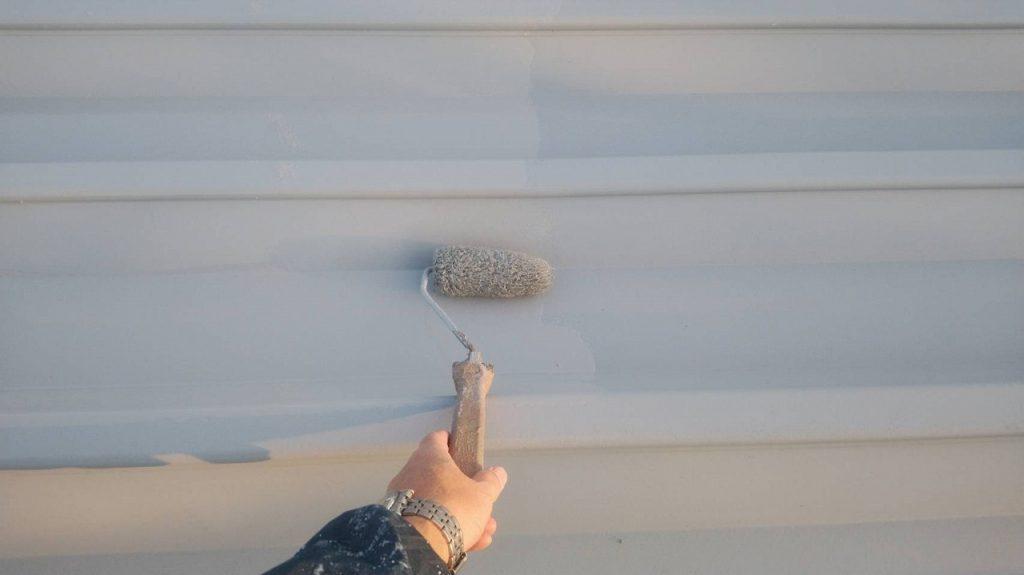屋根塗装 中塗り シリコンルーフⅡ