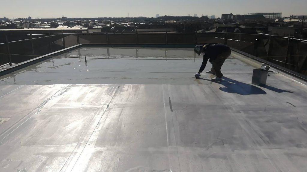 屋上防水 折板屋根 中塗り ウレタン樹脂