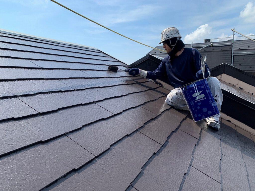 屋根塗装 新生スレート瓦 4回塗り 上塗り ファインパーフェクトベスト