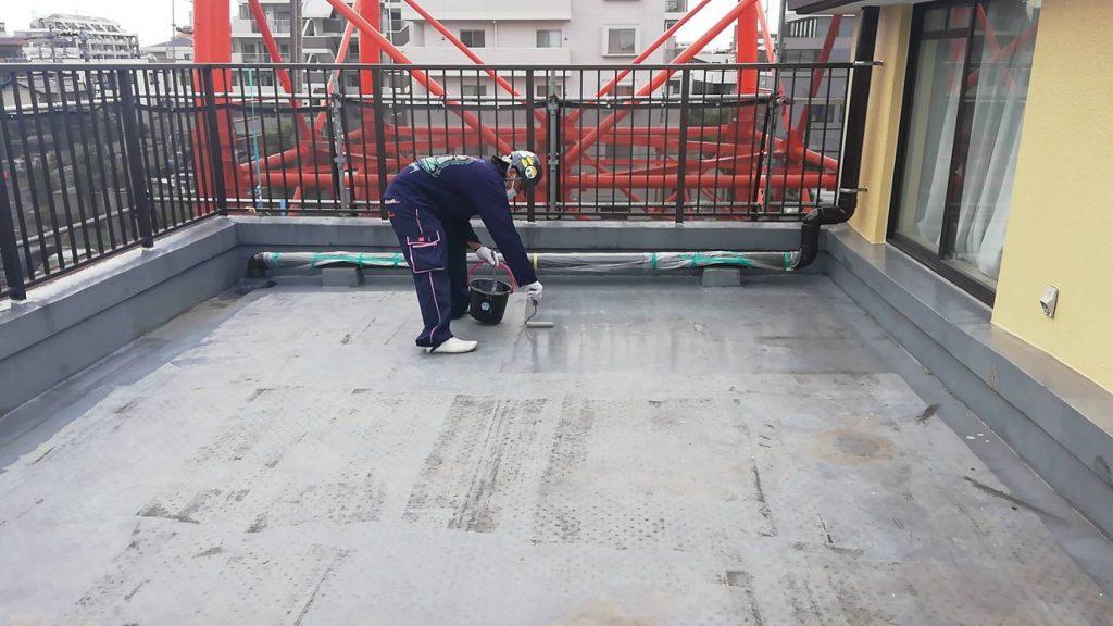 屋上 防水 下地調整 3回塗り 改修用プライマー