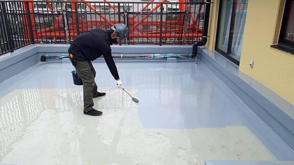 屋上 防水 下地調整 3回塗り トップコート