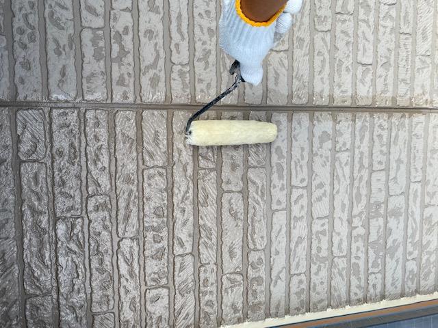 外壁塗装 窯業サイディング 3回塗り 下塗り 浸透シーラー