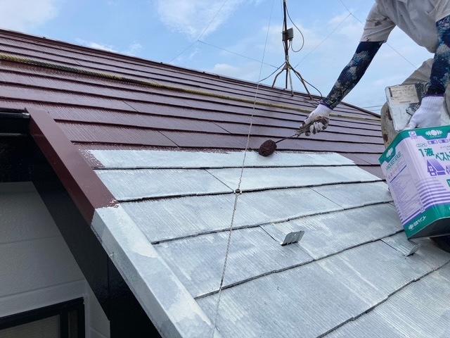 屋根塗装 新生スレート 4回塗り 中塗り サーモアイSi