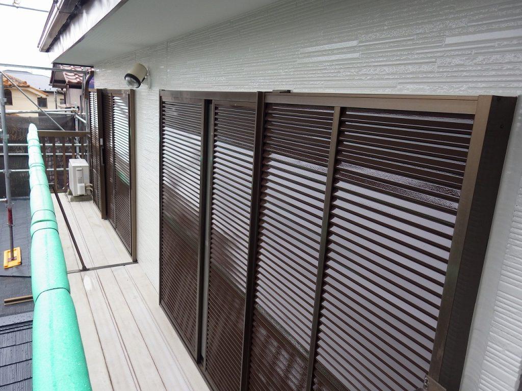 検査 雨戸 外壁 窯業サイディング