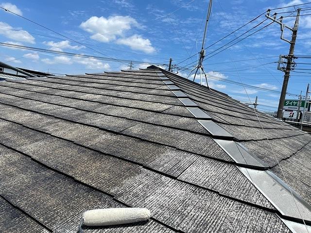 屋根塗装 新生スレート瓦 3回塗り 下塗り ベストシーラー